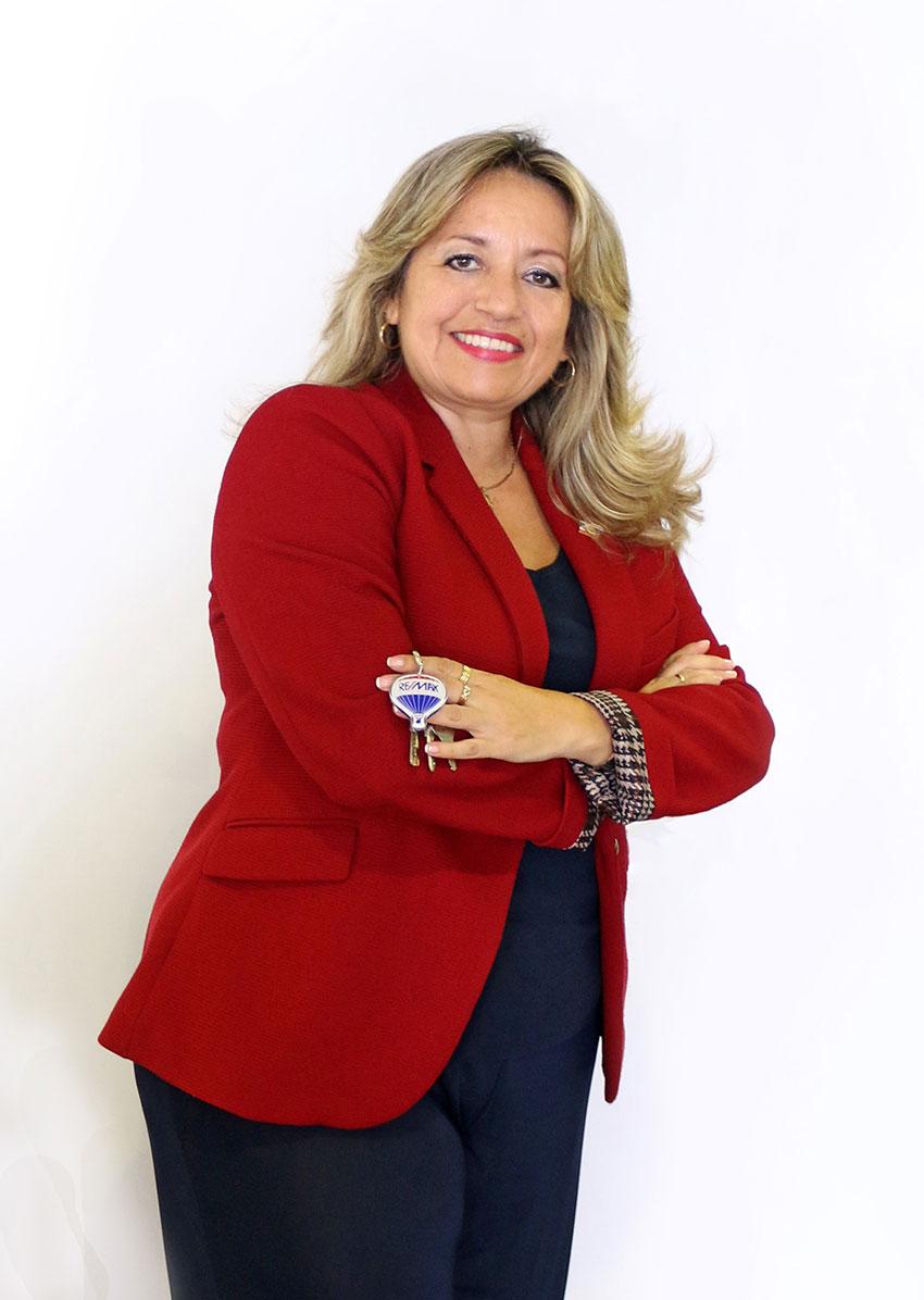Adriana Rey